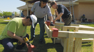 Presbyterian Men service day in Detroit