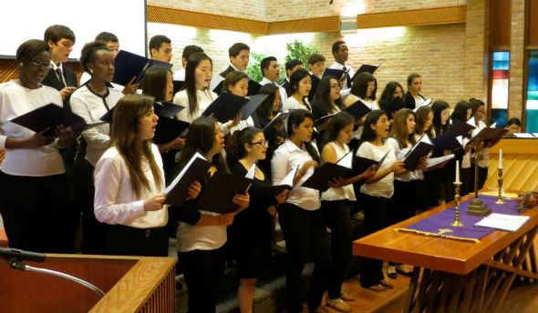 Presbyterian Pan American School Choir - Easter 2015